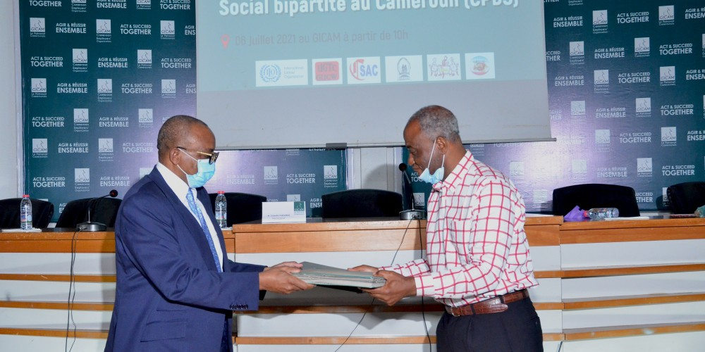 Cameroon Employers organisations and Trade Union Confederations sign for Dialogue